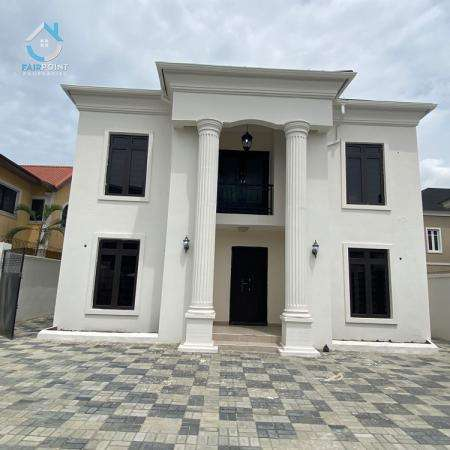 Luxury bedroom detached Duplex
