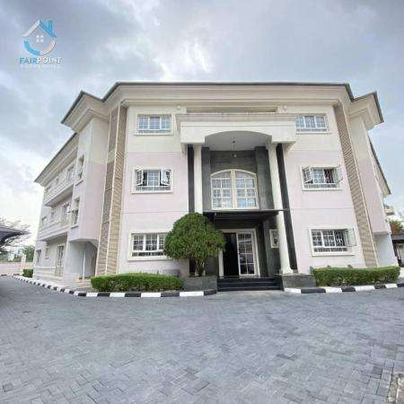 2 bedroom luxury apartment for rent in Ikoyi - 2,500,000 naira per annum