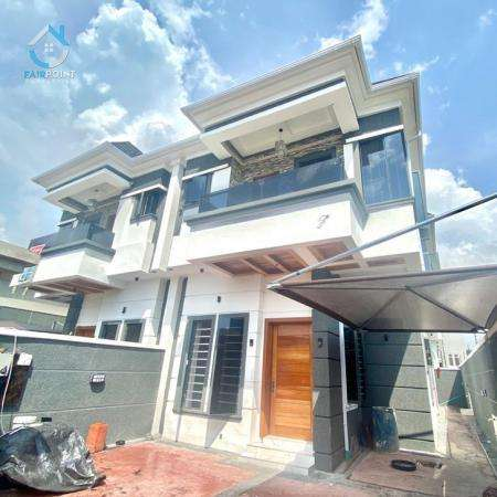 4 bedroom semi-detached duplex for sale at Jakande Lekki Lagos -85,000,000 Naira
