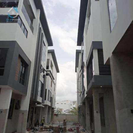 5 bedroom fully detached duplex for sale in Banana Island Lagos -500,000,000 naira