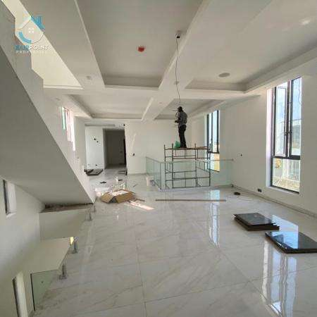 Luxury 5 bedroom duplex in Osapa London, Lagos